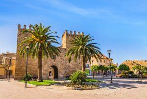 Alcudia old town gate Porta del Moll